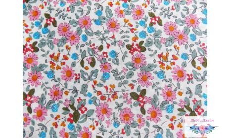 Отрез ткани цветы на белом 50 х 48 см.