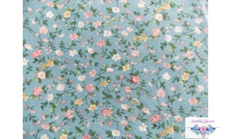 Отрез ткани розовые цветы на серо-голубом 50 х 48 см.