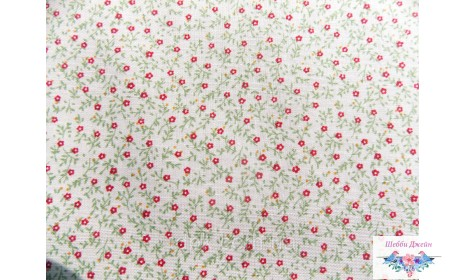 Отрез ткани красные цветочки на бежевом 50 х 48 см.